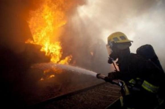 incendiu-in-locomotiva-unui-tren-de-pe-ruta-ungheni-–-chisinau--doua-autospeciale-au-ajuns-la-fata-locului-1422344236