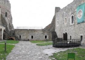"""O nouă carte de vizită a județului Neamț – """"Catalogul monumentelor istorice din Neamț"""",  un proiect al Asociației """"Future"""""""