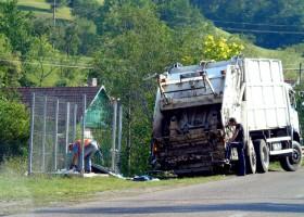 Dezastru cu țarcurile pentru pubelele de gunoi din Neamț